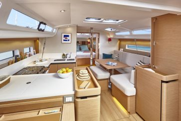 Sun Odyssey 440 Interior cabina and living space.